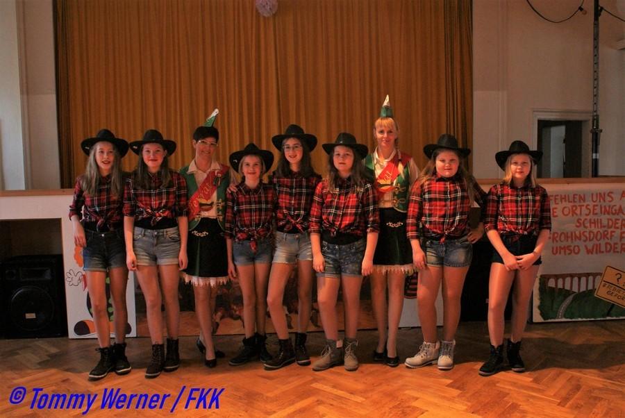 Die FKK Jugendgarde mit den Trainern